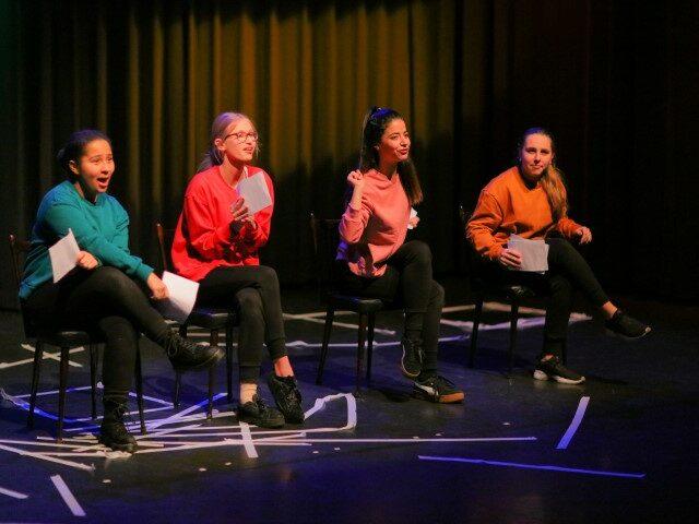 Jongeren theaterproductie: Jonge Mantelzorgers. 30 september om 18.30 uur kennismaking!!_1